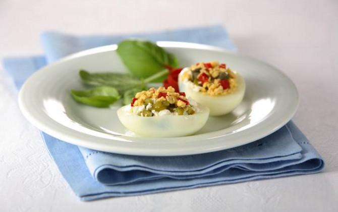 Receta de Huevos rellenos en Salsa