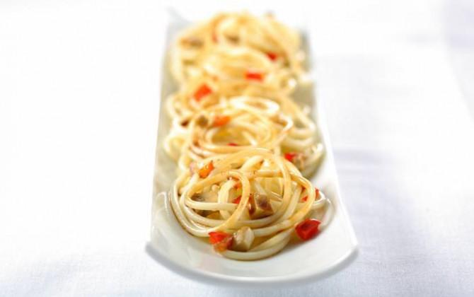 espaguetis con salsa de verduras