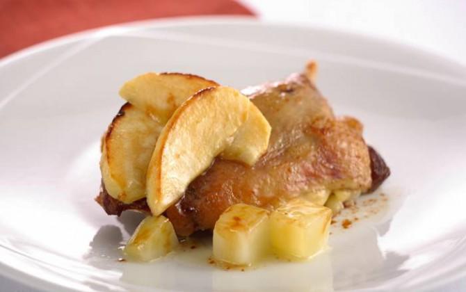 Confit de pato a la manzana y naranja
