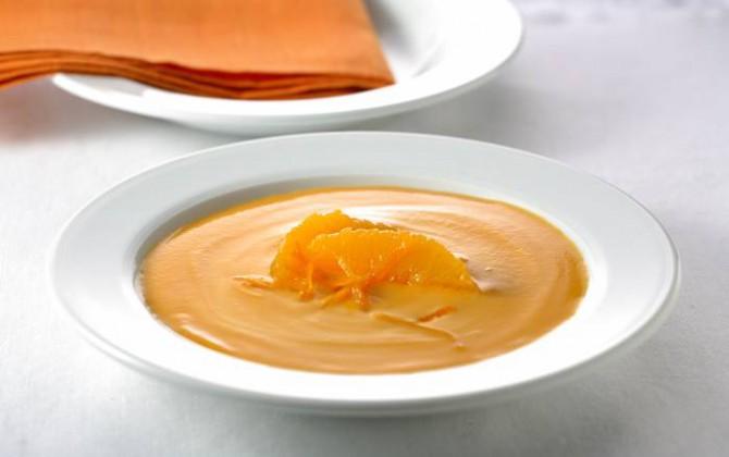 Sopa fría de zanahorias y naranjas
