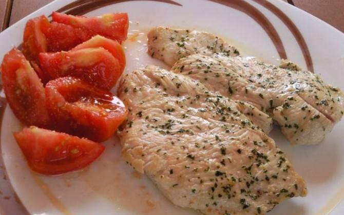 platos combinados pechuga de pollo a la plancha
