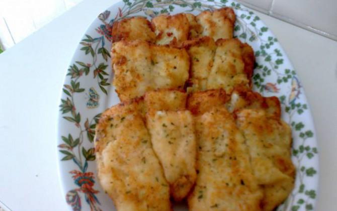 filetes de merluza empanados
