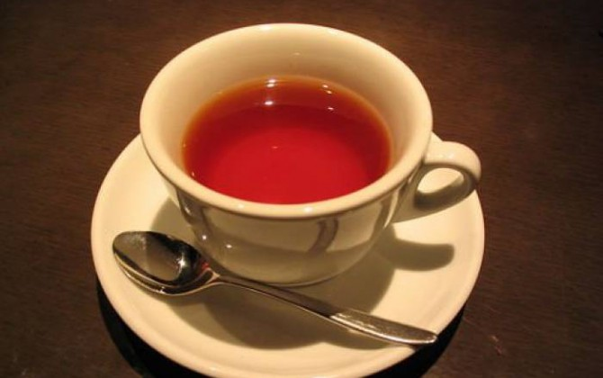 té con leche condensada