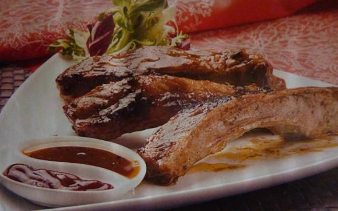 costillas asadas al ketchup para  peguero