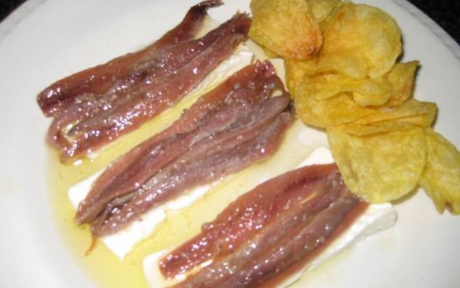 anchoas con queso fresco