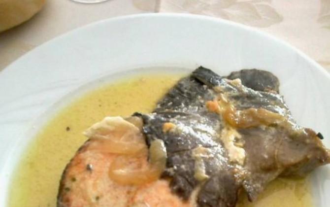 salmón en salsa de limón