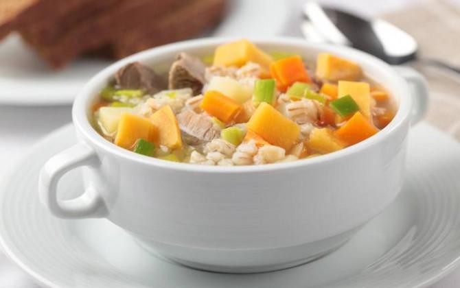 Sopa de carne y verduras