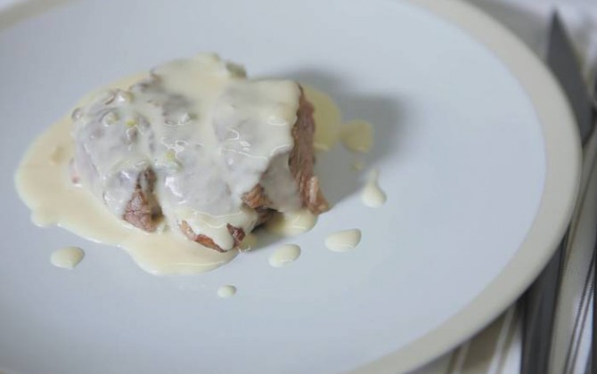 Solomillo con salsa de queso (filete al gorgonzola)
