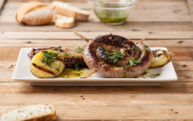Parrillada de carne y patata