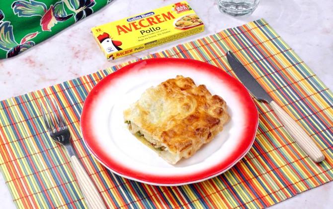 Bodegón hojaldre relleno de pollo y verduras