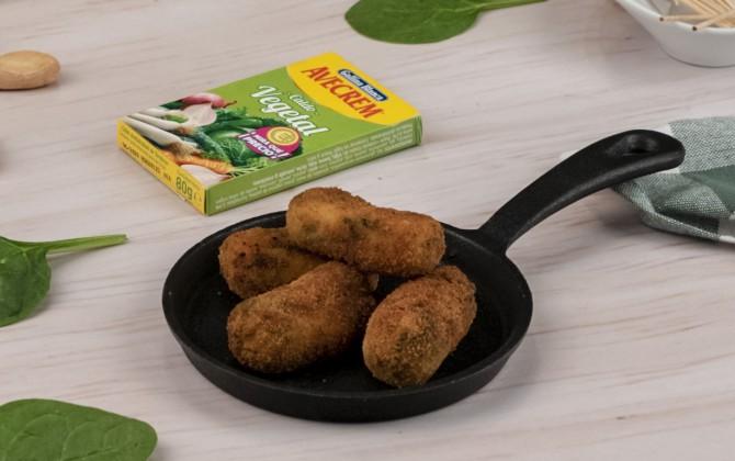 Bodegón croquetas de espinacas y queso de cabra con producto