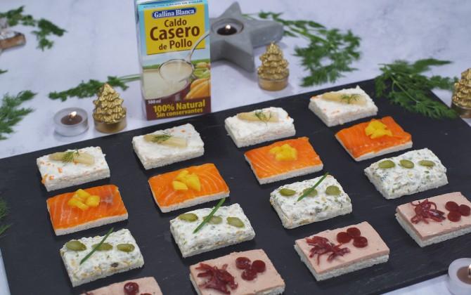 Canapés variados de navidad con producto
