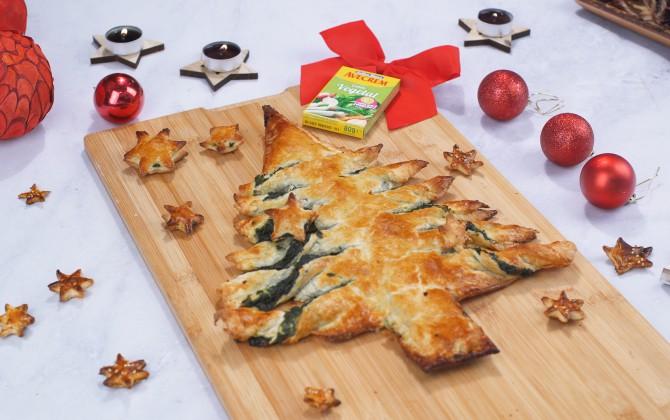 Arbol de navidad de hojaldre con espinacas y queso