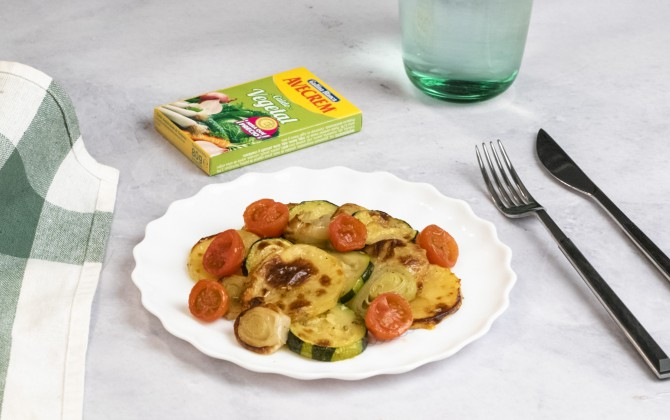 Verduras al horno con patatas con producto