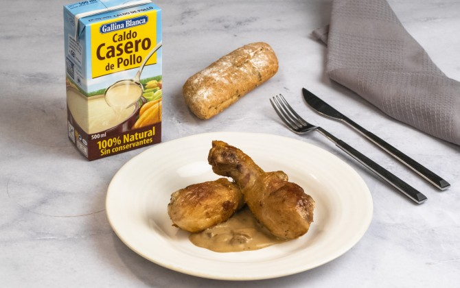 Muslos de pollo con champiñones con producto
