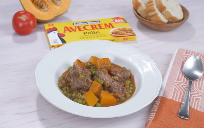 Estofado de carne con verduras con producto