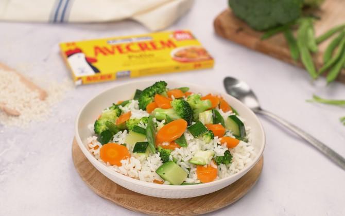 Arroz hervido con verduras con producto