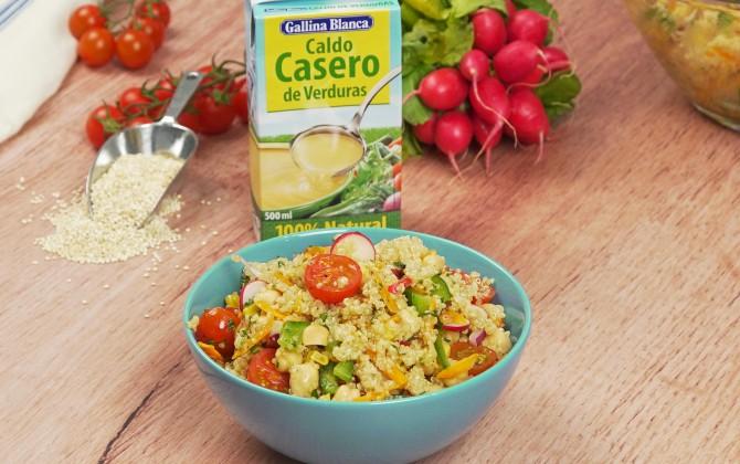 Ensalada-de-quinoa-y-garbanzos-con-producto