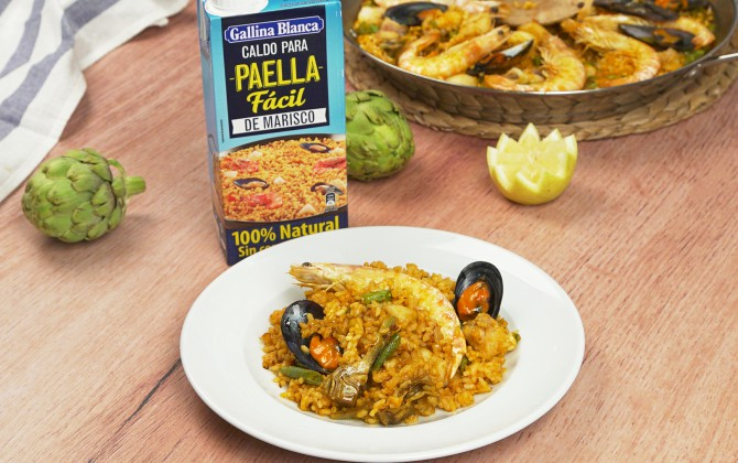 Emplatado-con-producto-arroz-facil-con-pescado-y-marisco