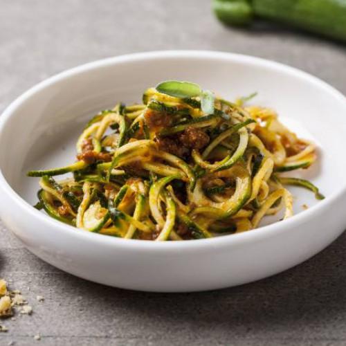 Espaguetis con vegetales y setas
