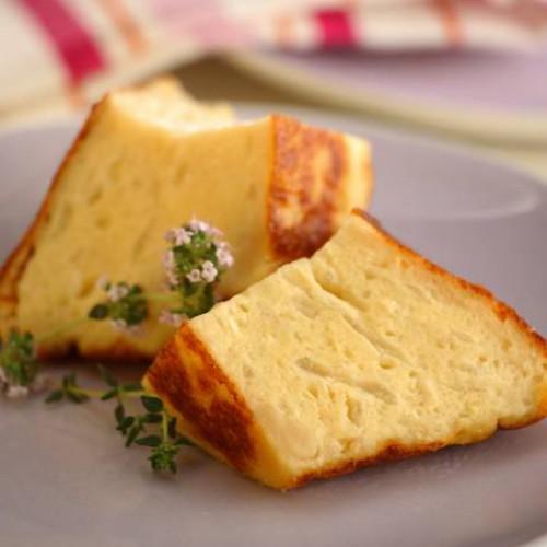 Budín de queso y cebolla
