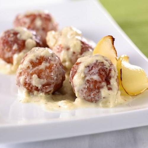 Albóndigas de pollo con salsa de manzana