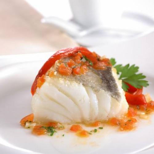 Receta de bacalao con cebolla y tomate