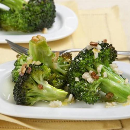 brócoli con esencias de ajo y perejil