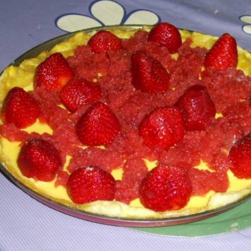hojaldre de natillas y fresas