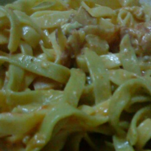 tallarines carbonara al curry