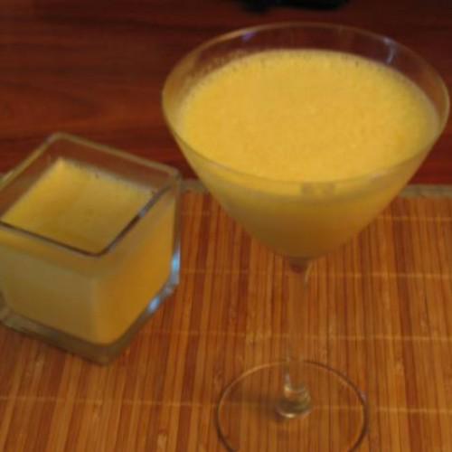 suave espuma de naranja