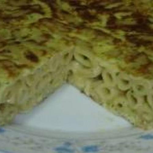 tortilla de macarrones y gambas al horno