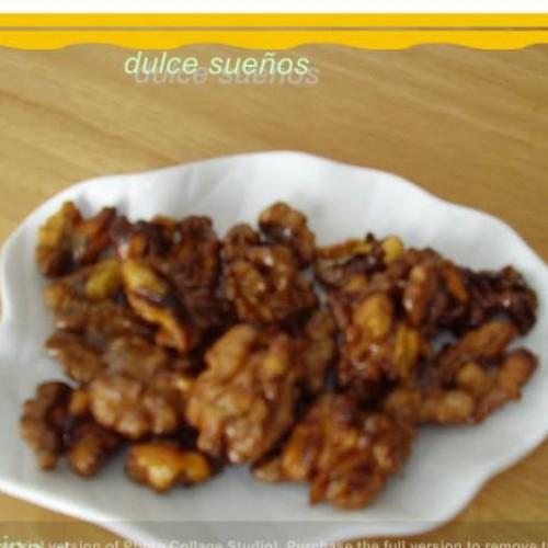 nueces caramelizadas fritas