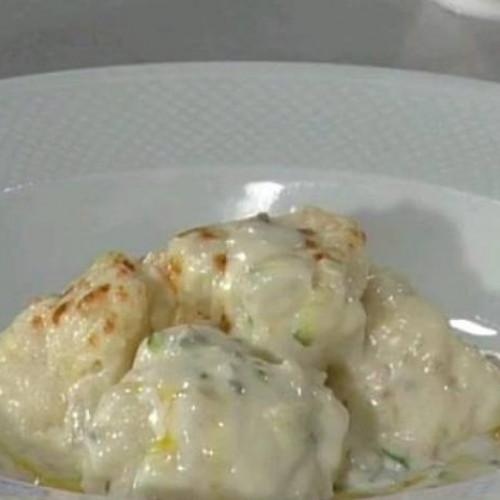 coliflor con salsa de almendras