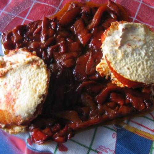 pimientos caramelizados con queso de cabra