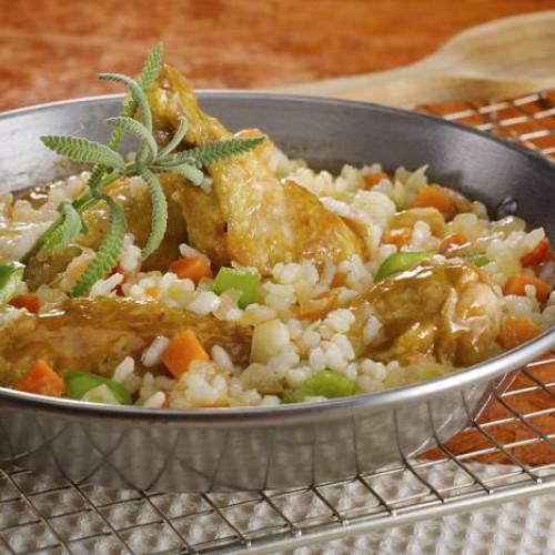 Arroz con verduras, ternera y pollo