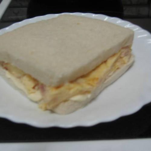 mi sandwich de tortilla para la cena