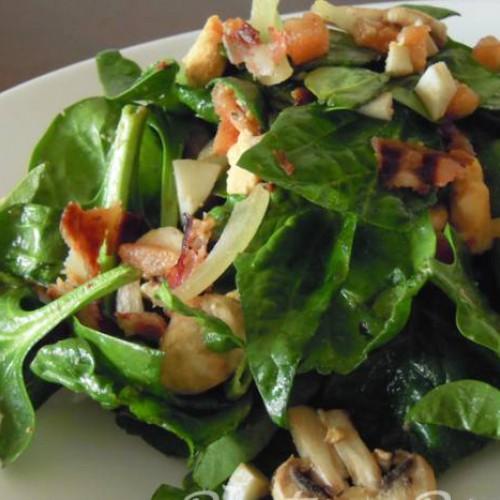 ensalada de espinacas y champiñones
