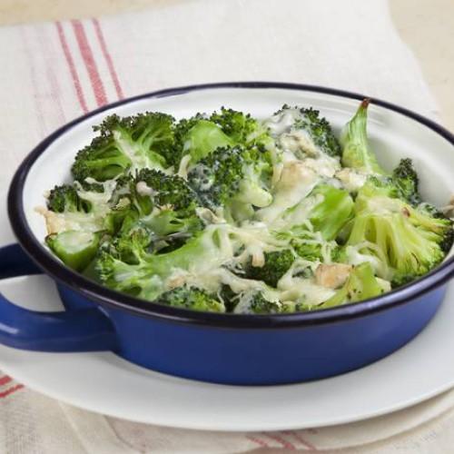 Brócoli al toque de queso