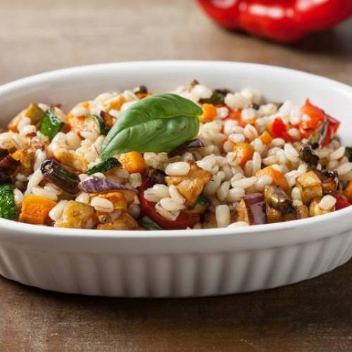Salteado de cebada y verduras