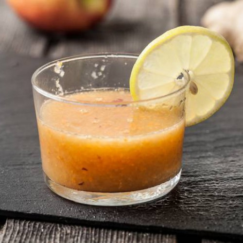 Smoothie de manzana, zanahoria y limón