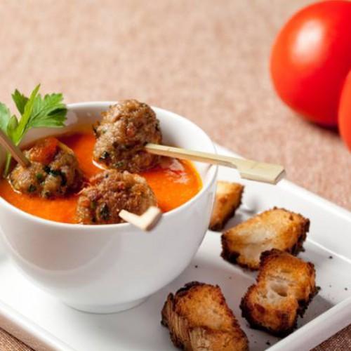 Albóndigas de carne con crema de tomate