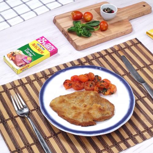 Bodegón con producto filetes de ternera empanados