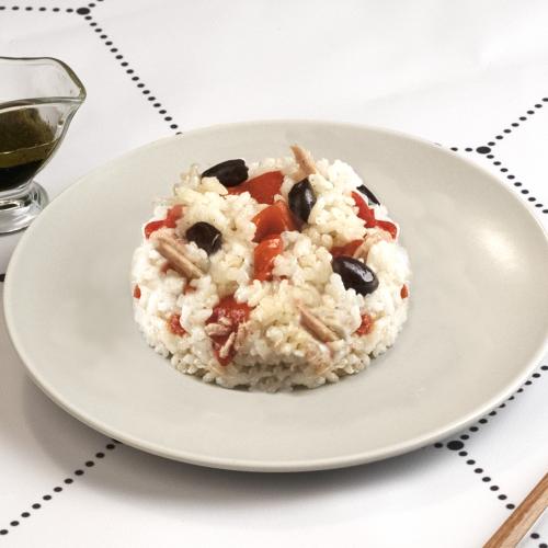 Bodegón de ensalada de arroz