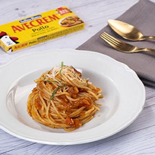 Espaguetis a la napolitana bodegon producto