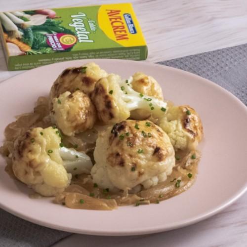 Coliflor gratinada con patatas bodegon con producto