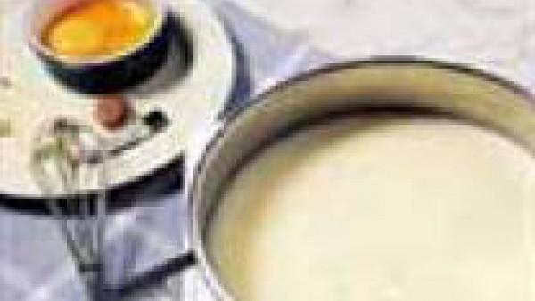 Tercer paso crema de patatas y esparragos