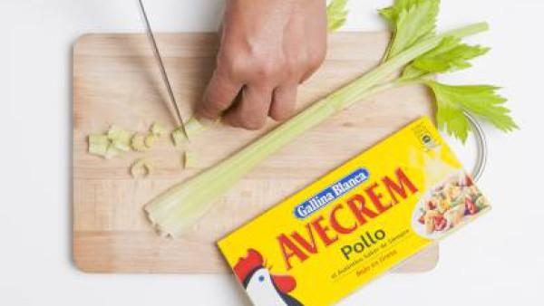 Cómo preparar Ensalada de garbanzos- Paso 2