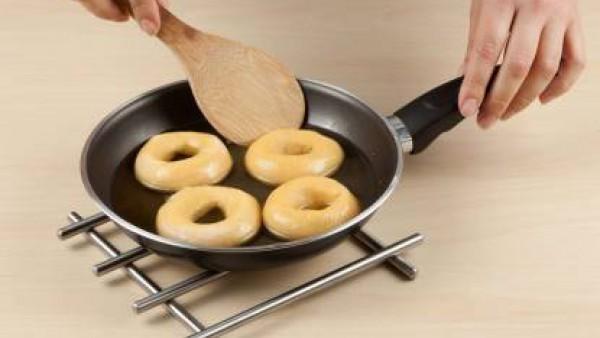 Fríe las rosquillas