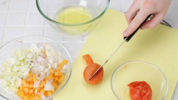 Primer paso sopa de tomate y calabaza